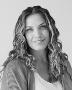 Elizabeth Cena